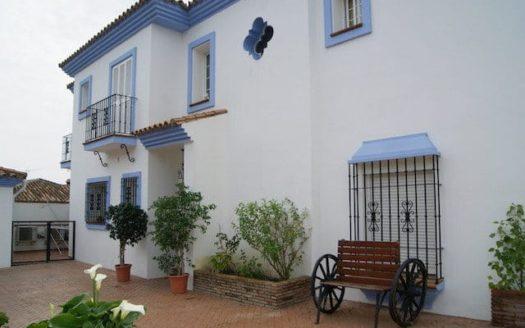 Villa Pueblo Nuevo de Guadiaro